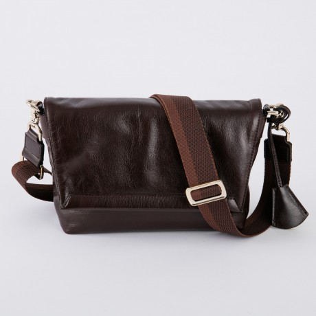 aniary メッセンジャーバッグ Antique leather 牛革 Messengerbag 01-04002-dbr